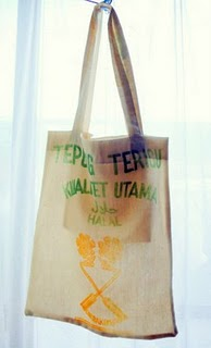A tote bag from used flour bag