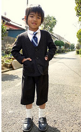 Collarless boy's suit and bags for shogakko (elementary school)