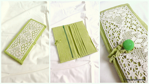 Green and cotton lace wallet