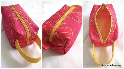 Boxy pouch - Fuchsia and yellow