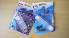 Prym rivets and jean buttons