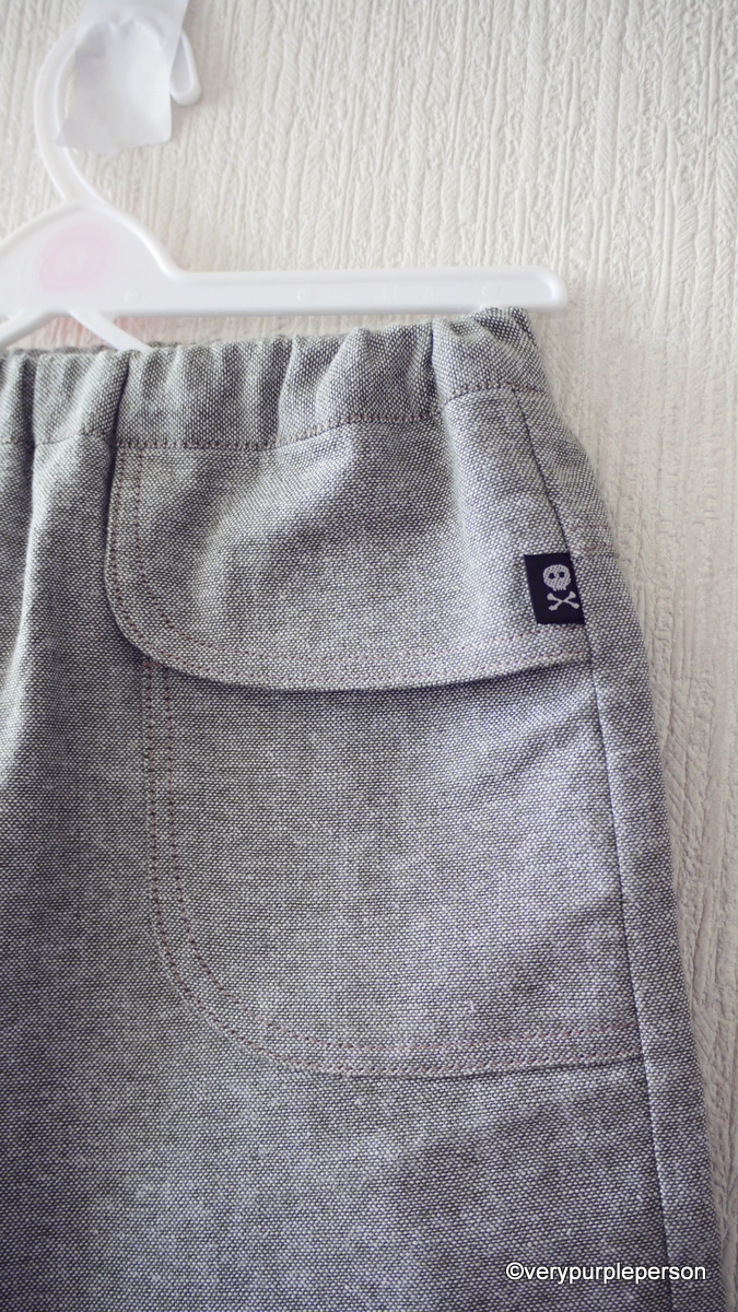 Knee-length linen pants