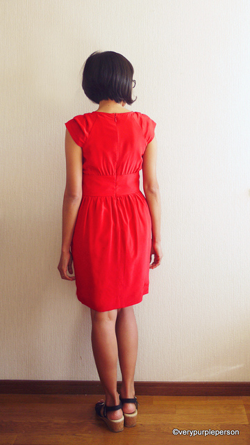 Red silk dress (Simplicity 2281)