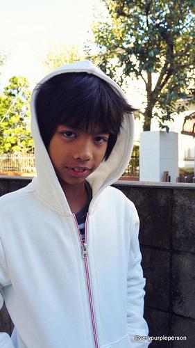 Boy's white hoodie (McCall's 6158)