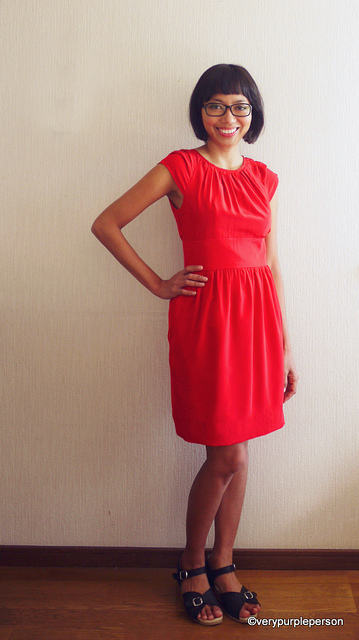Red silk dress (Simplicity 2281) and a haircut!