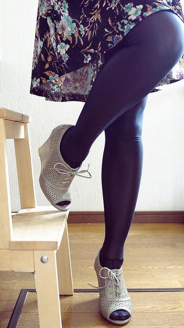 Rose hip tights